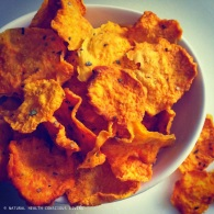 Sweet potato crisps https://naturalhealthconsciousliving.com/2015/02/09/sweet-potato-crisps-dehydrated-vegan/
