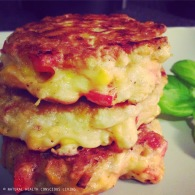 Sweetcorn fritters https://naturalhealthconsciousliving.com/2015/03/11/sweetcorn-fritters-vegetarian-gf/