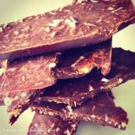 Choc coconut rough bark https://naturalhealthconsciousliving.com/2015/04/05/choc-coconut-rough-bark-with-sea-salt-vegan/