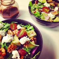 Arugula, grape & walnut salad with pomegranate dressing https://naturalhealthconsciousliving.com/2015/04/15/arugula-grape-walnut-salad-with-pomegranate-dressing-gf/