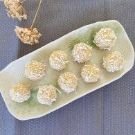 Lemon + coconut bliss balls https://naturalhealthconsciousliving.com/2020/07/30/lemon-coconut-bliss-balls/
