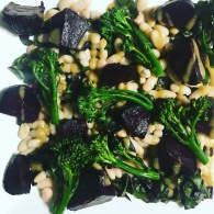 Roasted beets, white beans & broccolini with walnut butter https://naturalhealthconsciousliving.com/2016/09/23/roasted-beets-white-beans-broccolini-with-walnut-butter/