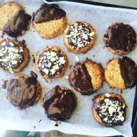 Dark chocolate almond cookies https://naturalhealthconsciousliving.com/2017/02/27/dark-chocolate-almond-cookies/